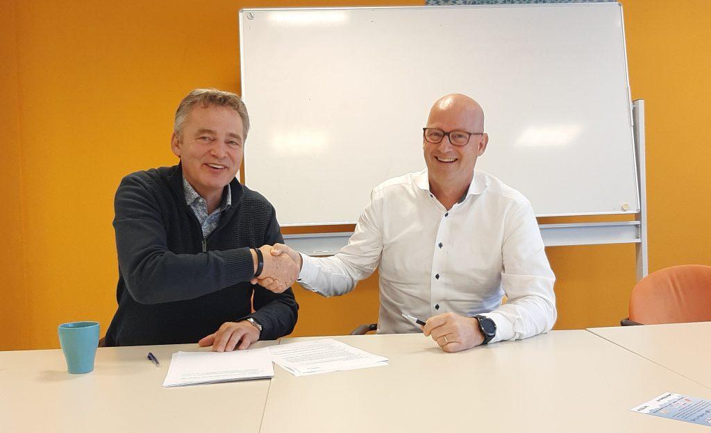 Ondertekening bemiddelingsovereenkomst 2019 Leef3